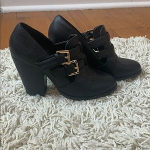 Also witchy fall block heels. Size 5